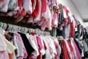 Comércio de roupas de segunda mão ganha espaço no Rudge Ramos