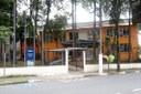 Escolas municipais funcionam como postos de vacina e aulas são adiadas