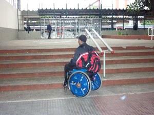 Trens do ABC não são acessíveis a deficientes físicos