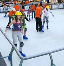 Shopping ABC recebe pista de patinação no gelo