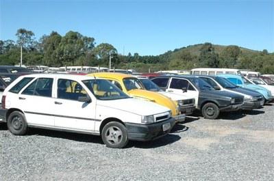 São Bernardo leiloa 870 carros e motos apreendidos