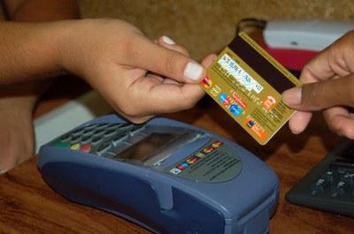 Pagamento mínimo do cartão de crédito será de 15%