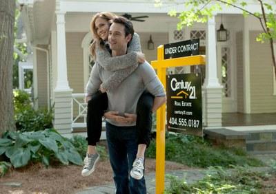 Comédia com Rodrigo Santoro e Jennifer Lopez estreia no ABC