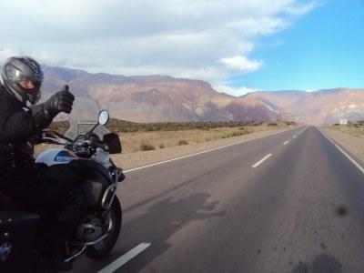 Motociclista do ABC realiza viagens pela América