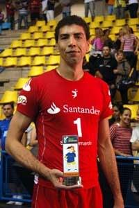 Jogador de vôlei do São Bernardo é pego no exame antidoping