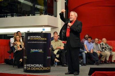 Lula lança memorial para lembrar da importância da democracia
