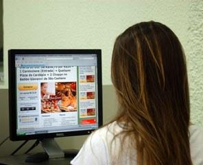 Compras online aumentaram 30% no último ano