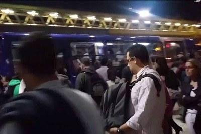Ausência do monotrilho dificulta locomoção até São Paulo